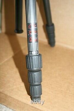 Benro C0681T Travel Angel Tripod Carbon Fiber Twist Lock Legs with B00 Head