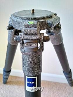 Gitzo 1548GT carbon fibre tripod