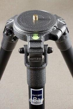 Gitzo G1325 Mk2 3-section carbon fibre tripod