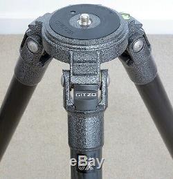 Gitzo GT3541LS Series 3 Systematic Long 4-section carbon fibre tripod