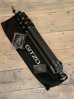 Gitzo GT3542L Mountaineer Series 3 Carbon Fiber Tripod (Long). NEW