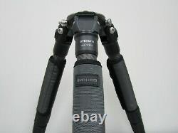 Induro GIT305L Grand Series 3 Stealth Carbon Fiber Tripod -Max Load 55.1 lb