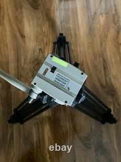 Vinten Vision 11 Fluid Head & Pozi-Loc Carbon Fiber Tripod Base